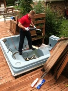 How to Get Rid of a Hot Tub in Louisville