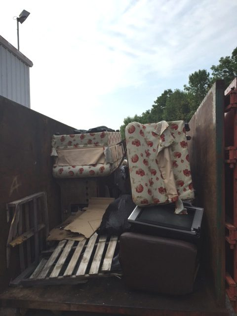 Pick up old furniture in Indianapolis