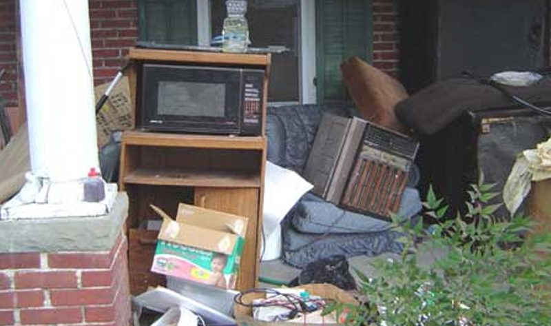 Image of estate before Fire Dawgs Junk Removal cleanout service
