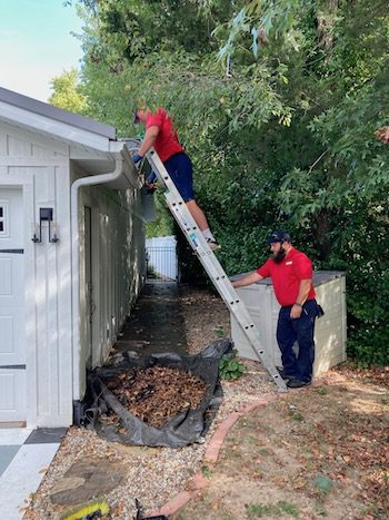 gutter clean out in Indianapolis